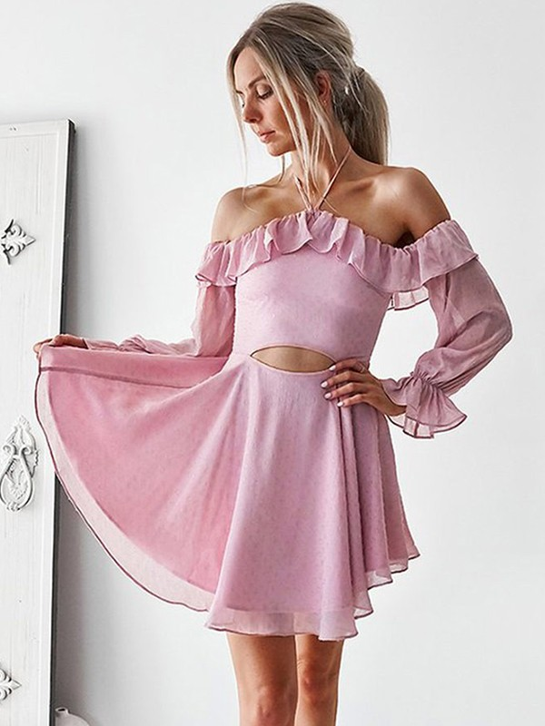 A-Lijn/Prinses Off-the-shoulder Lange mouw Kort/Mini De Chiffon Jurken met Roes